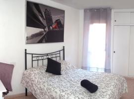 Fotos de Hotel: Benalua Central Rooms