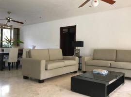Fotos de Hotel: Apartment in front of Mirador Sur Park