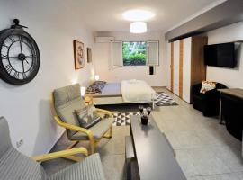 Hotel photo: Luxurious 42sqm apartment