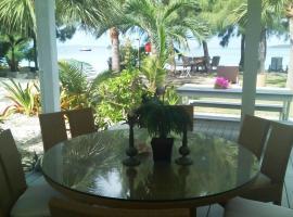 Hotel photo: Whale Point Villas