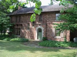 Hotel Foto: 5 BR Victorian, scenic creek by ND