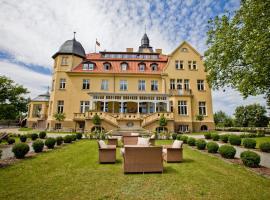 Hotel photo: Schlosshotel Wendorf