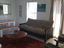 Hotel photo: Shekinah Lodge Apartment