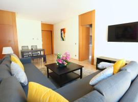 酒店照片: Bright apartment in central Casablanca