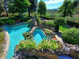 Hotel photo: Ville di Corsano Villa Sleeps 11 Pool WiFi