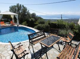 Hotel photo: Villa Heaven's Knights 2 with private pool.