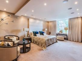 Hotel photo: Lowndes Square Apartment!