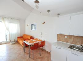 Hotel photo: Zecevo Apartment Sleeps 4 Air Con WiFi T398069