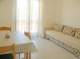 Hotel photo: Primosten Apartment Sleeps 2 Air Con WiFi T488158