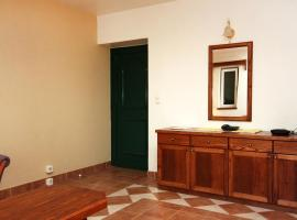 Hotel photo: Lokva Rogoznica Apartment Sleeps 4 Air Con T461759