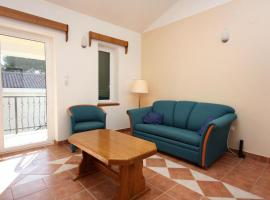 Hotel photo: Lokva Rogoznica Apartment Sleeps 4 Air Con T461763