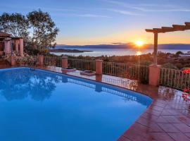 Hotel photo: Villa CELESTIAL DREAM with sea view