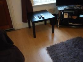 Hotel photo: DOUBLE ROOM IN NICE COSEY HOME