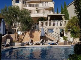 Hotel Photo: Guest House Villa Rita