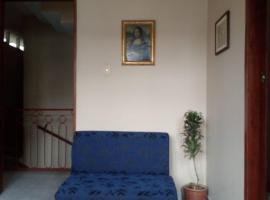 A picture of the hotel: La Casa de Mamá
