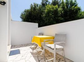 Hotel photo: rooms maćus - one bedroom apartment with balcony and sea view
