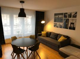 A picture of the hotel: MODERNE WOHNUNG- MESSE-WIFI-NETFLIX -BALKON
