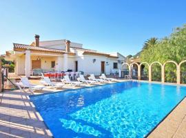Hotel photo: Calpe Villa Sleeps 14 Pool Air Con WiFi