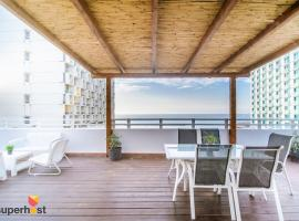 Hotel photo: ★ SeaPenthouse/TLV-Beach/80M²Roof/PrivateParking ★