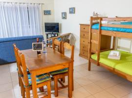 Hotel photo: Each-House Vila Rosa Portimão