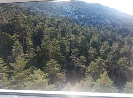 Hotel photo: Estudio En Puerto De Navacerrada