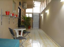 ホテル写真: Orange Studio-Apartment