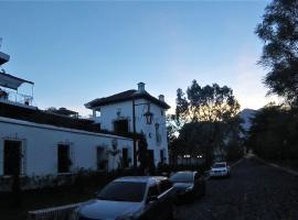 Hotel near Santa Lucía Cotzumalguapa