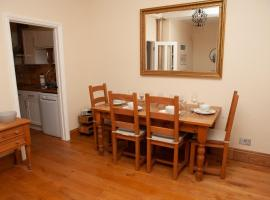 호텔 사진: 2 Bedroom House near the Downs Bristol