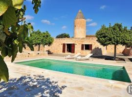 Hotel photo: es Llombards Villa Sleeps 4 Pool Air Con WiFi