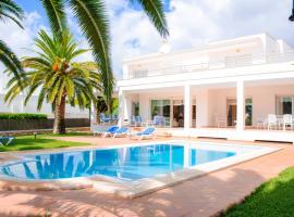 Hotel photo: Cala Egos Villa Sleeps 8 Pool Air Con WiFi