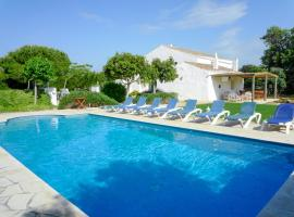 Hotel photo: Alaior Villa Sleeps 10 Pool WiFi