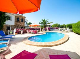 Hotel photo: Casas de Torrat Villa Sleeps 12 Pool Air Con WiFi