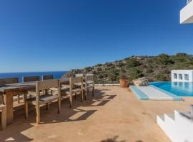Hotel photo: Port de Sant Miquel Villa Sleeps 10 Pool Air Con