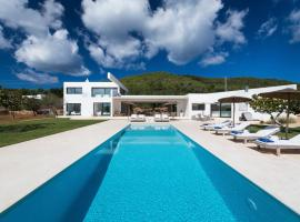 Hotel kuvat: Sant Joan de Labritja Villa Sleeps 8 Pool Air Con