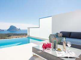 Hotel photo: Cala Vadella Villa Sleeps 6 Pool Air Con WiFi