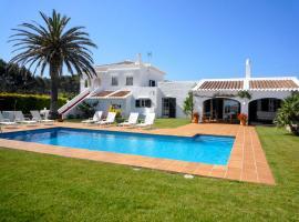 Фотографія готелю: Cala Tirant Villa Sleeps 10 Pool Air Con WiFi