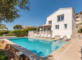 Hotel photo: Torre Soli Nou Villa Sleeps 10 Pool Air Con WiFi