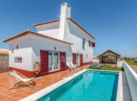 Hotel photo: Monte da Carrasqueira Villa Sleeps 7 Pool WiFi