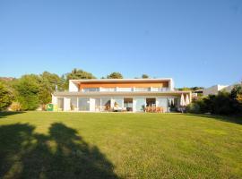Hotel photo: Rebordoes Villa Sleeps 8 Pool WiFi