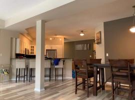 Hotel photo: Cozy homeDT 3BR 1700 sqft