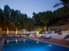 Hotel fotoğraf: San Jose Villa Sleeps 8 Pool Air Con WiFi