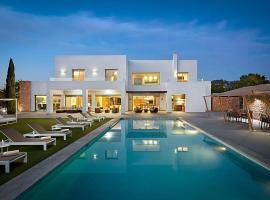 Hotel fotografie: Can Furnet Villa Sleeps 14 Pool Air Con WiFi