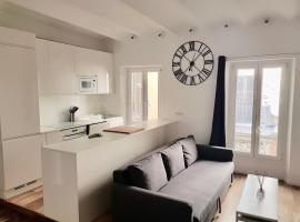 Hotel photo: Large and modern flat in the heart of Nice
