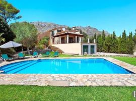 Hotel Photo: Cala San Vicente Villa Sleeps 7 Pool Air Con WiFi