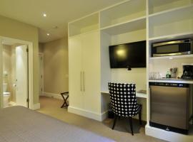 Hotel photo: New York Apartment Sleeps 3 Air Con WiFi T057560