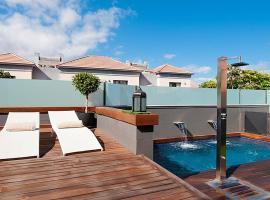 Hotel photo: Maspalomas Villa Sleeps 6 Pool Air Con WiFi