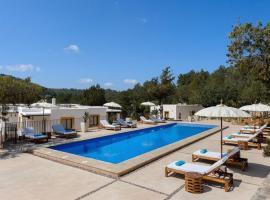 Hotel photo: Sant Joan de Labritja Villa Sleeps 14 Pool Air Con