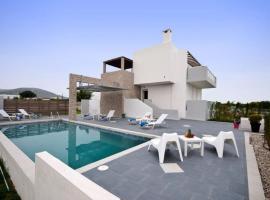 Hotel photo: Tigkaki Villa Sleeps 8 Pool Air Con WiFi