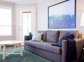 Hotel photo: Downtown Condo · Downtown I 2BD 2BTH I 10min walk to Rogers Arena