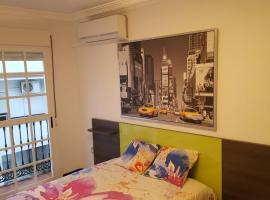 A picture of the hotel: PISO CENTRICO CONIL
